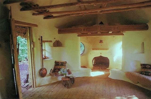 maison-hobbit-interieur