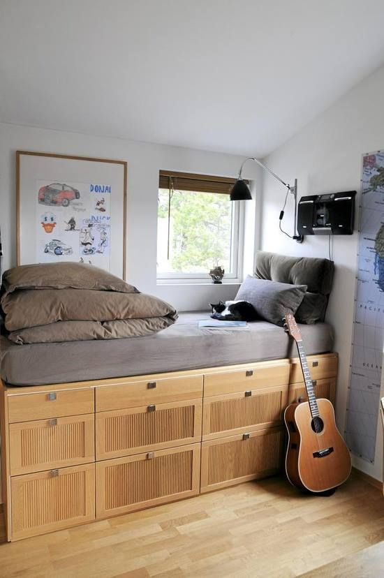 Style de lit neutre en bois
