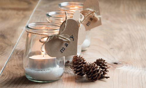 Décorations de Noël : DIY pour vos restes de peinture et vos contenants vides