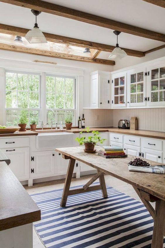 cuisine avec poutre au plafond