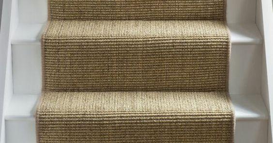 tapis en juste escalier