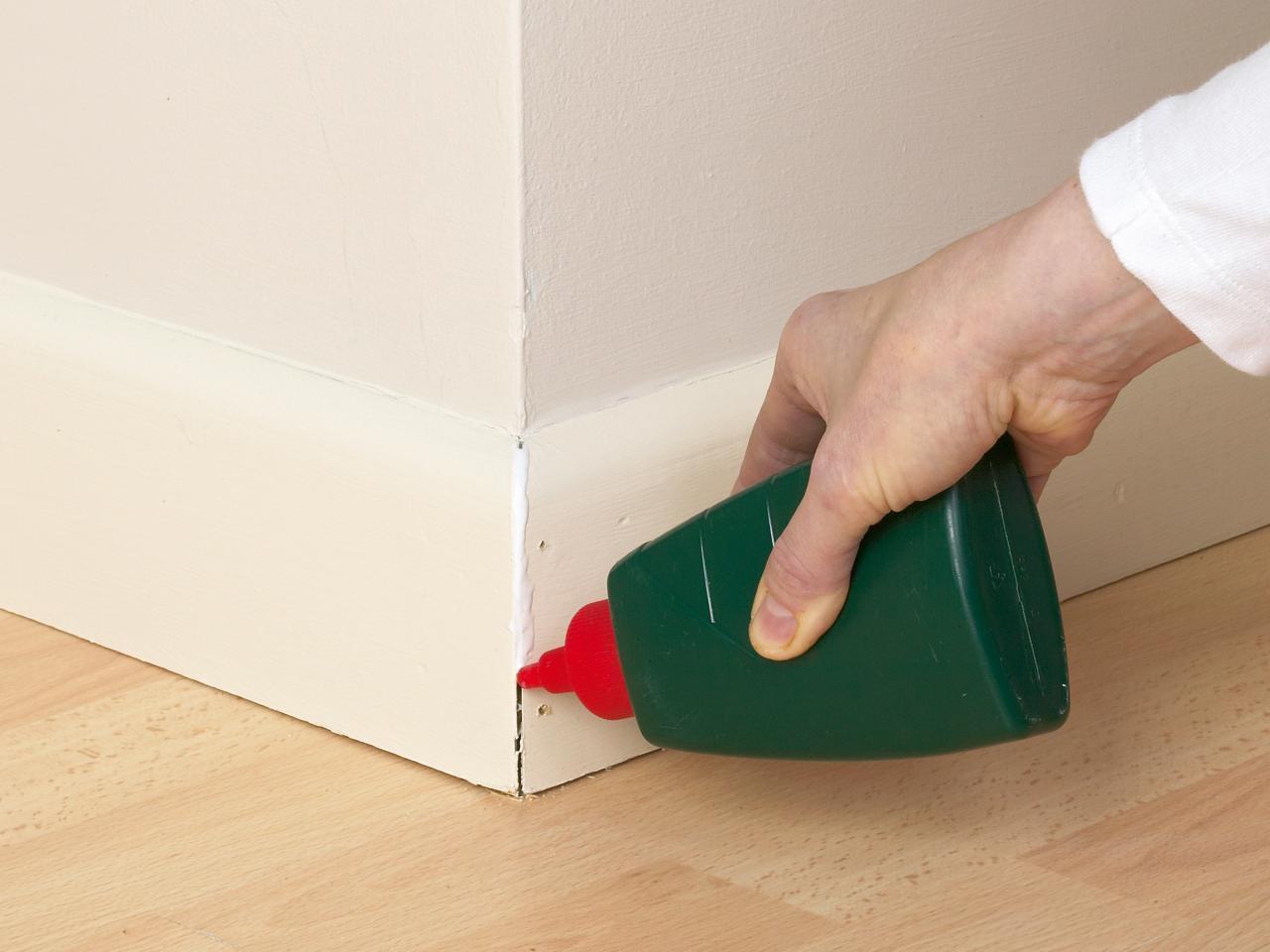 Peindre Les Angles Sans Déborder comment peindre des moulures efficacement : 5 étapes à suivre