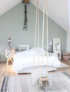 mur derrière le lit couleur vert gris