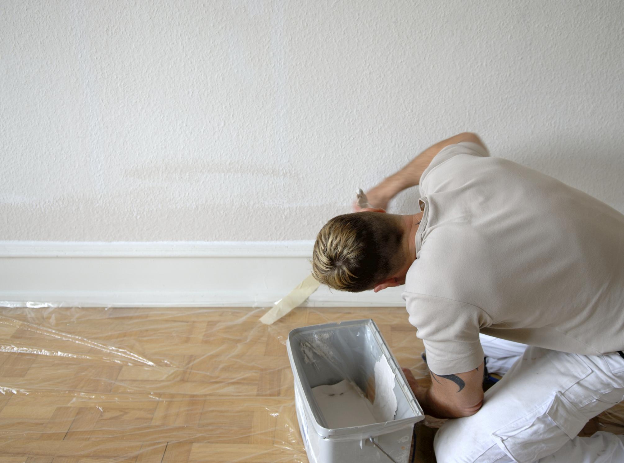 comment peindre des moulures efficacement 5 tapes suivre co peinture. Black Bedroom Furniture Sets. Home Design Ideas