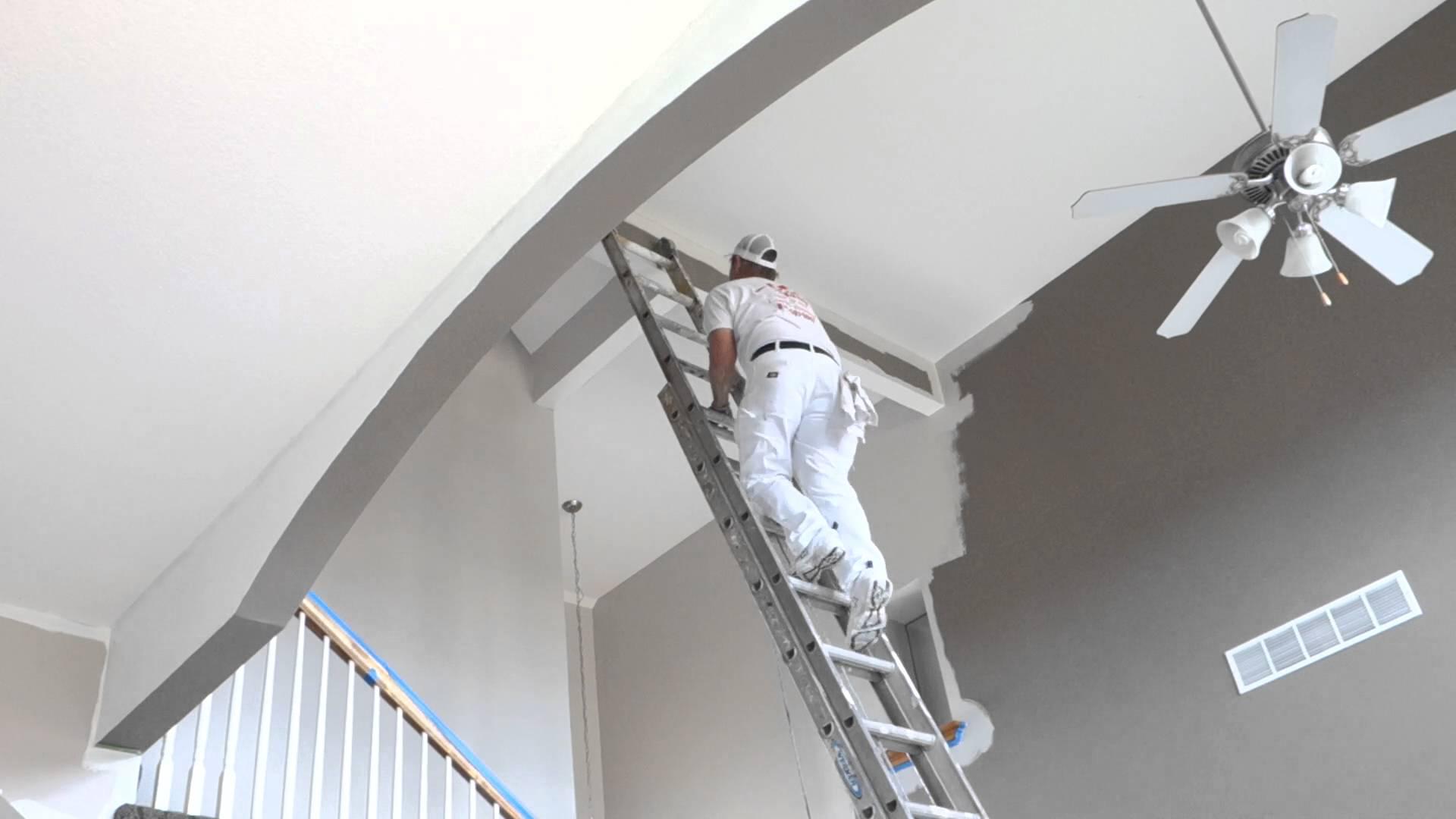 Peindre Les Angles Sans Déborder peindre un plafond très haut : trucs et outils