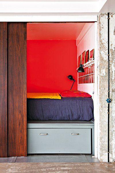 peinture rouge chambre