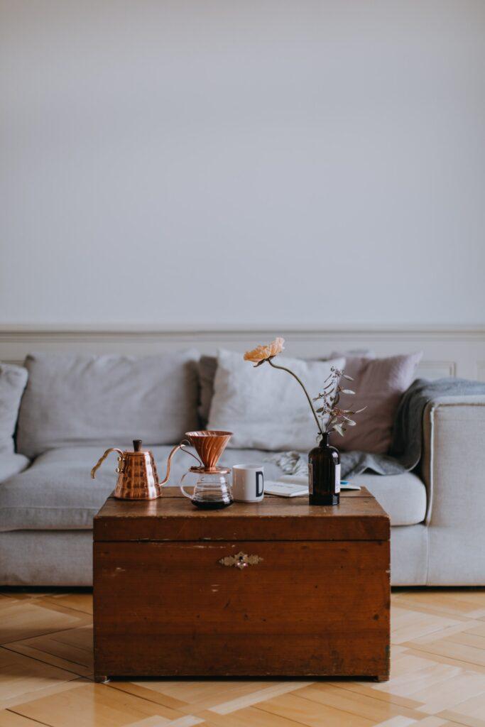 Apprêt peinture meuble