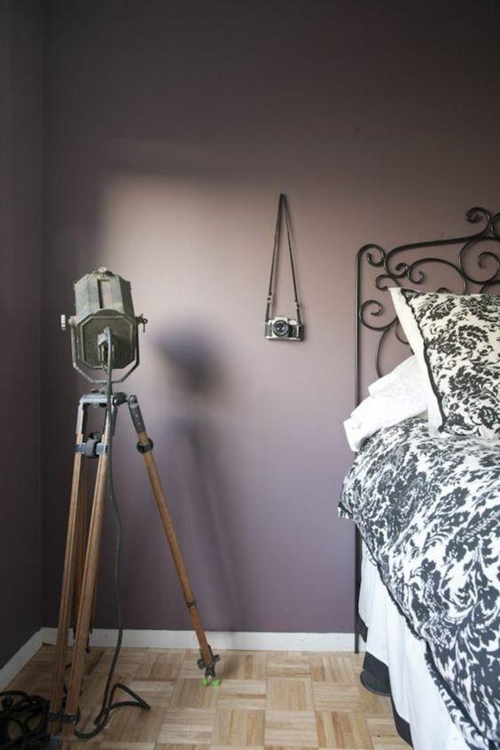 peinture mauve mur chambre