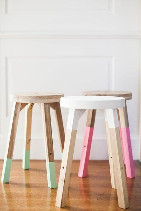 tabouret en bois peints