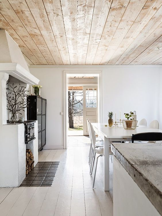 plafond bois naturel pale