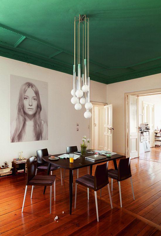 plafond vert salle a manger