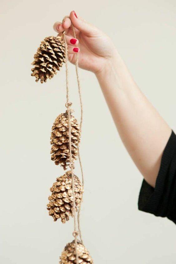 guirlande de cocottes de pin