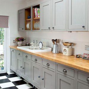 11 façons de redonner du style à vos vieilles armoires de cuisine!