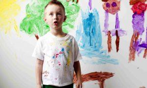 tache peinture enfant