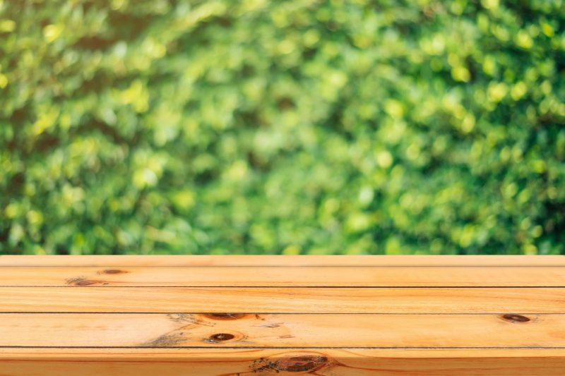 table en bois exterieure