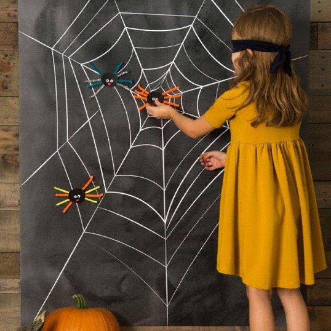 jeu toile araignee halloween