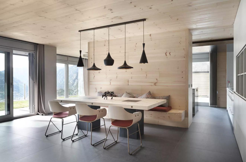 bois pale mur et planfond