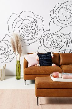 mur avec dessin de roses