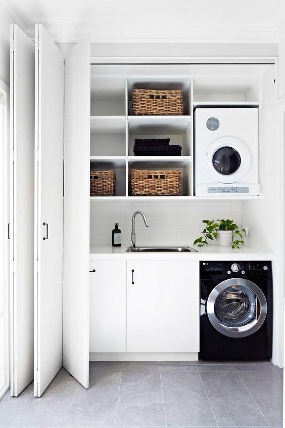 klizna vrata za spremište u praonici